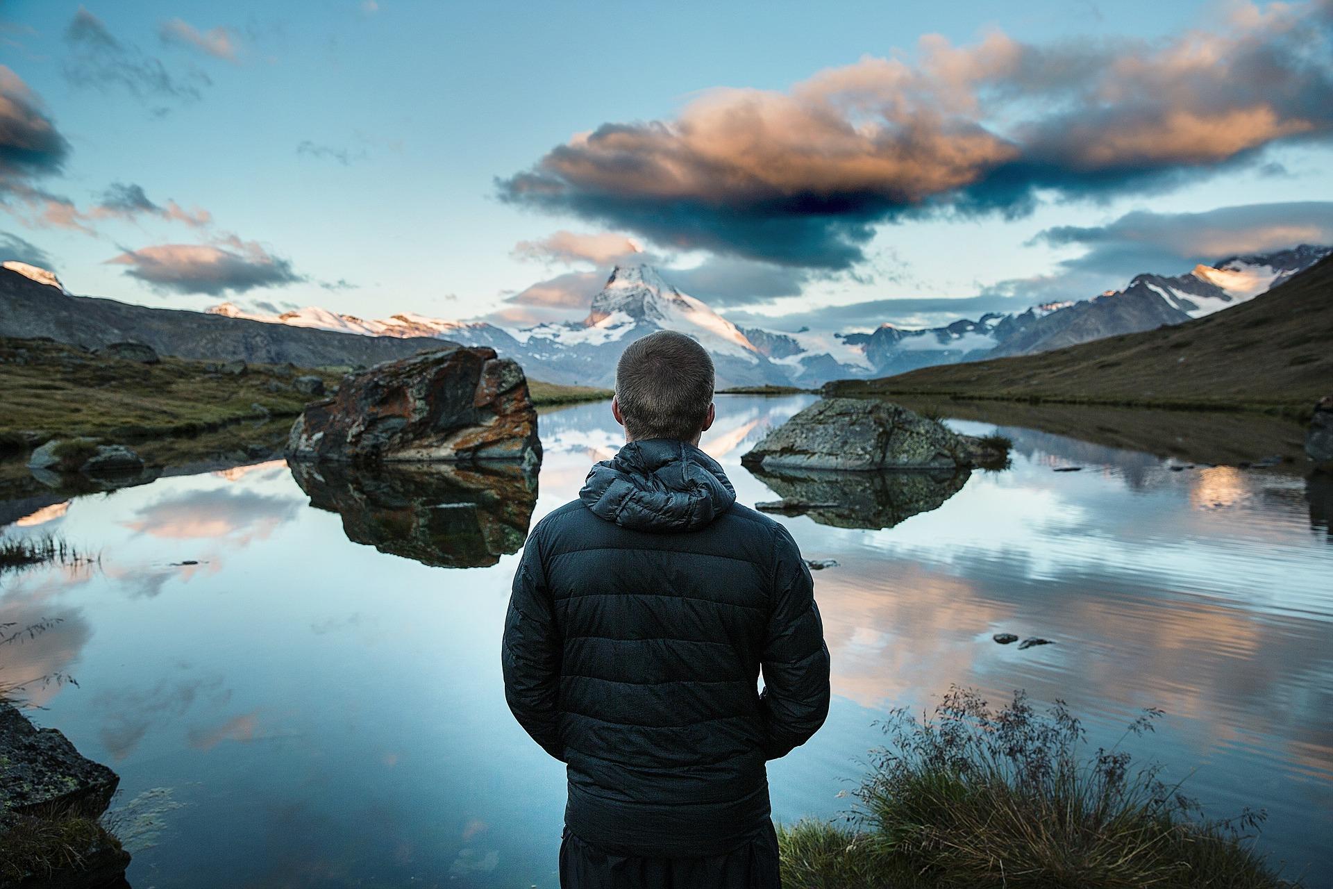 mountain-lake-931726_1920